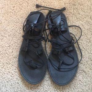 black boardwalk leather lace up gladiator sandals